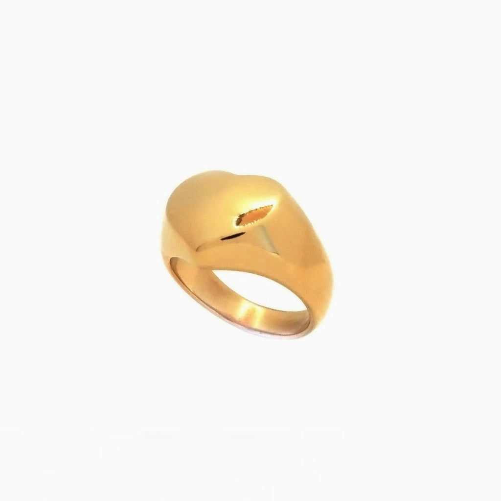 gold heart shaped ring
