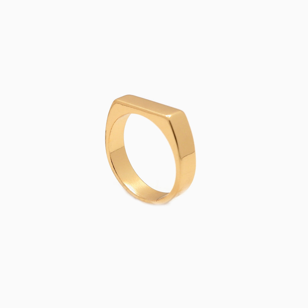 minimalist gold stacking ring