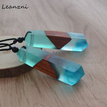 Load image into Gallery viewer, Leanzni Wooden Fashion Necklace