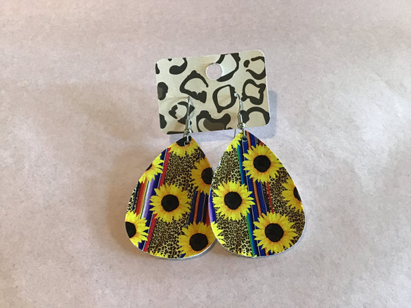 Sunflower dangling earrings