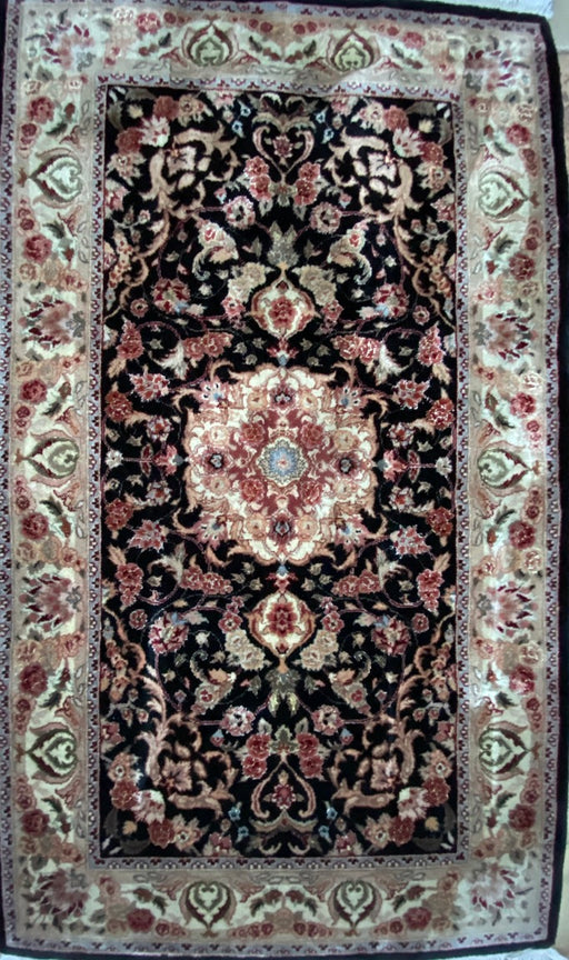 "Persian Kashan Small Rug, 3' x 5' 3"", Silk and Lamb Wool, 300 KSPI - EZ Rugs & Art -rug"
