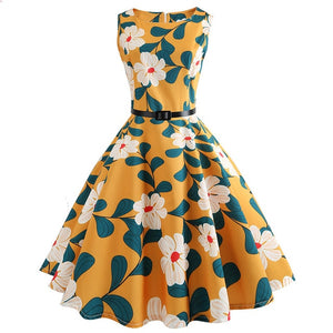 Yellow Sleeveless Scoop Neck 50s Dress with Clover Print