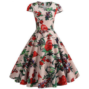 Short Sleeved Vintage Dress with Notch Collar