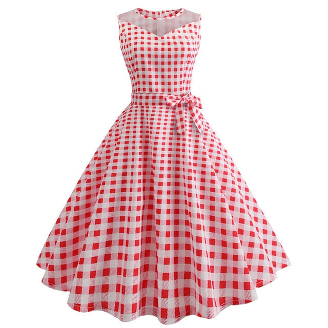 White 50s Dress With PolkaDots and Collar