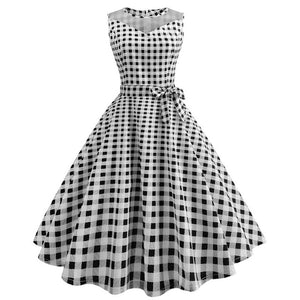 White 50s Dress With Black PolkaDots and Collar