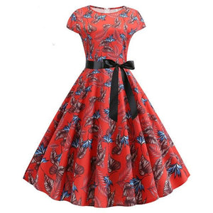 Red Short Sleeved Boat Neck 50s Dress With Ribbon and Leaves Print