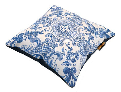Cushion Royal Blue 02