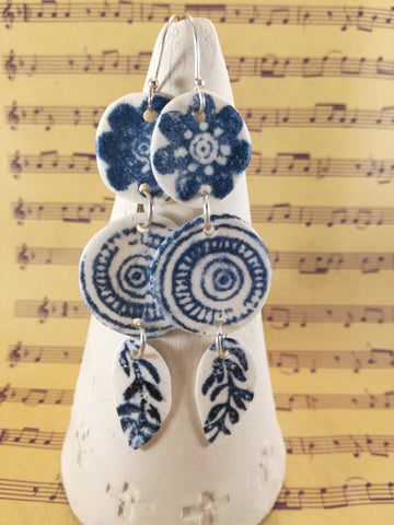 Three piece flower twirl leaf blue screen print dangle