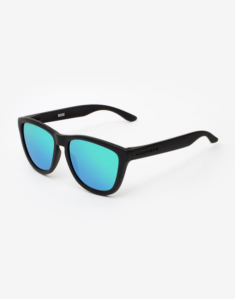 Gafas de sol Polarized Carbon Black Emerald One vista lateral