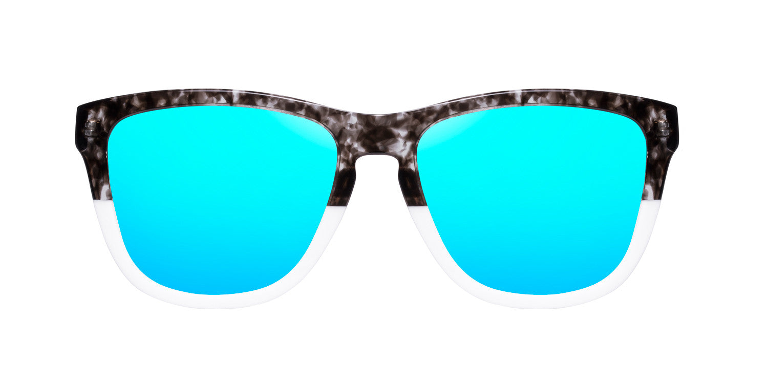 Bicolor Grey Tortoise · Clear Blue One X