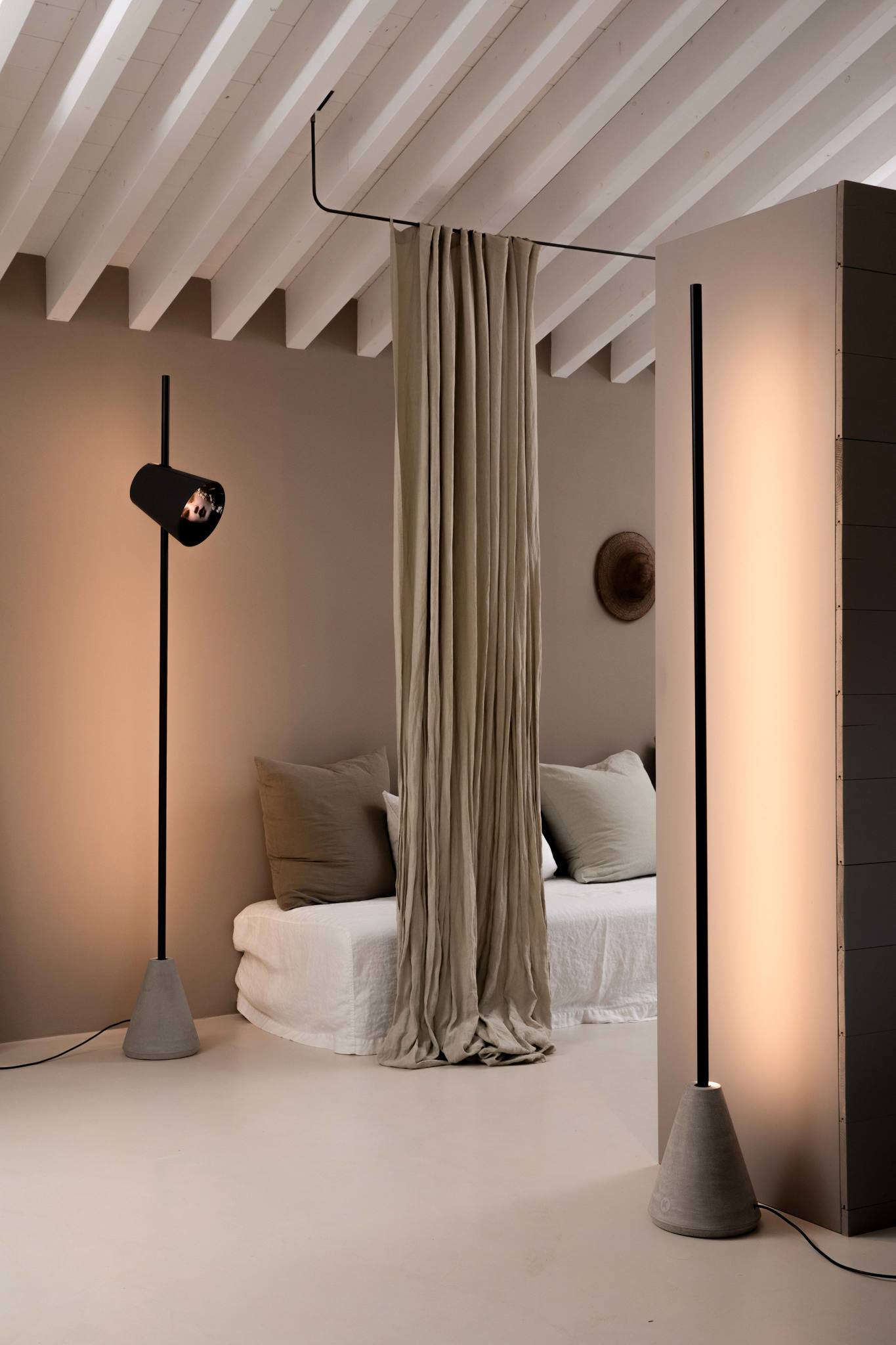 Cupido Floor Lamp