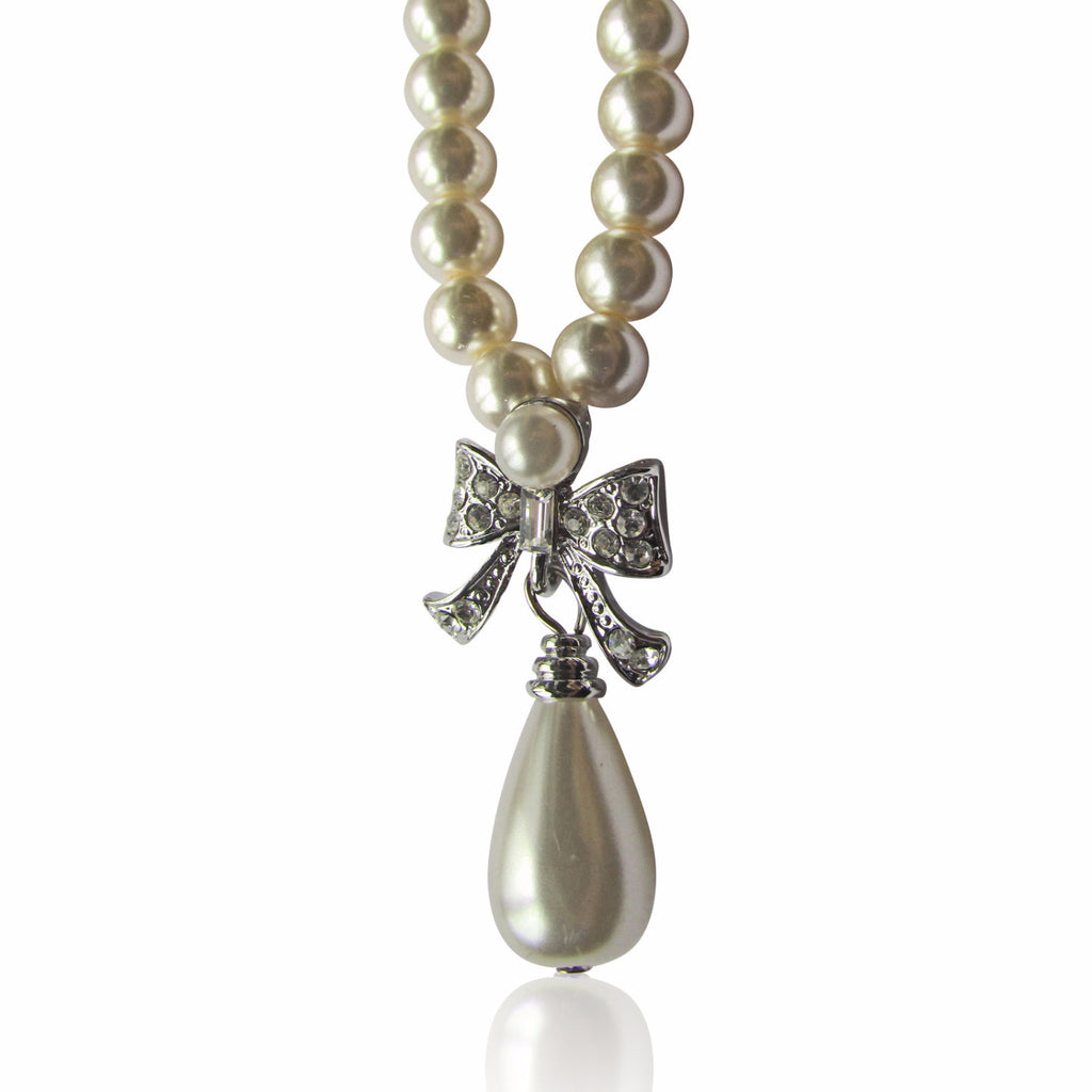Verity Pearl Necklace
