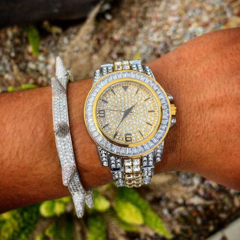 Iced Out Watch <br> Baguette Shine <br> (18K Gold)