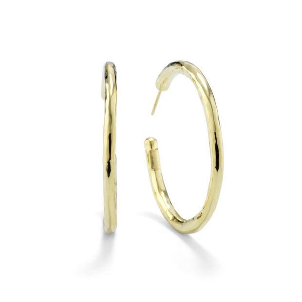 18K Classico Medium Hoop Earrings