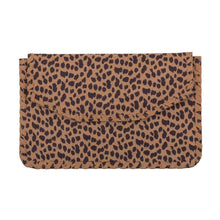 Load image into Gallery viewer, Leopardista Tan Whipstitch Clutch