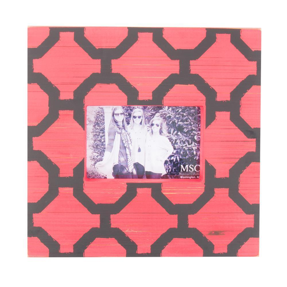Front view of our Red and Black Trellis Picture Frame