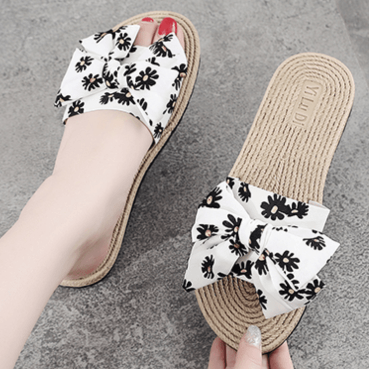 Straw Plaited Article Daisy Print Slippers - Olanquan Fashion Boutique