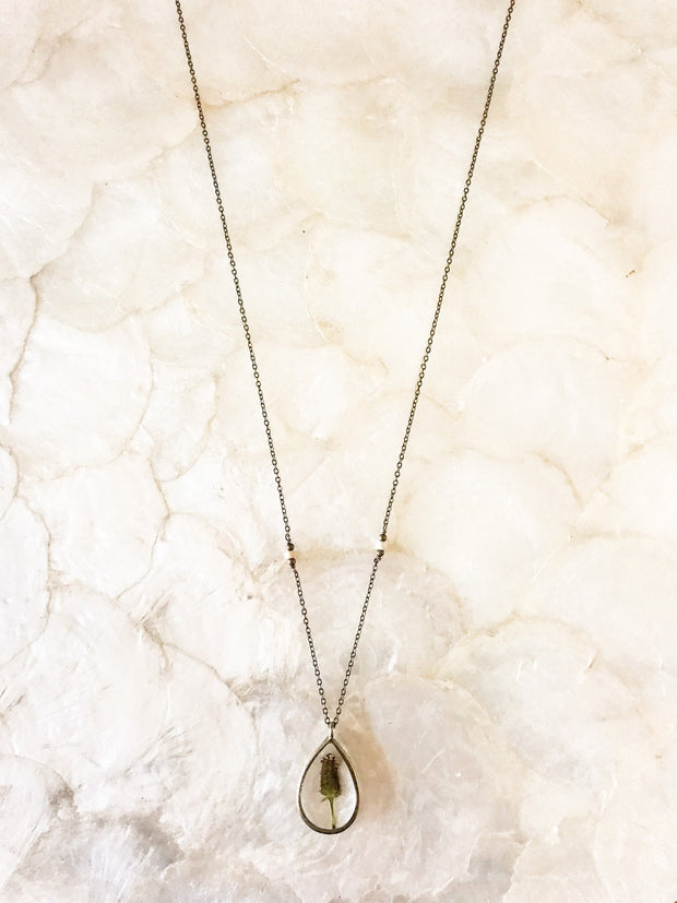 "26"" Framed Teardrop Dainty Pendant Necklace"