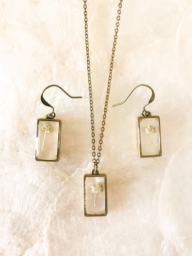 "26"" Framed Rectangle Pendant & Earrings Necklace Set"