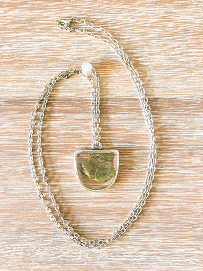 "30"" Framed Half-Oval Silver Pendant Necklace"
