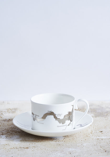 Thames cup & saucer in platinum - Snowden Flood