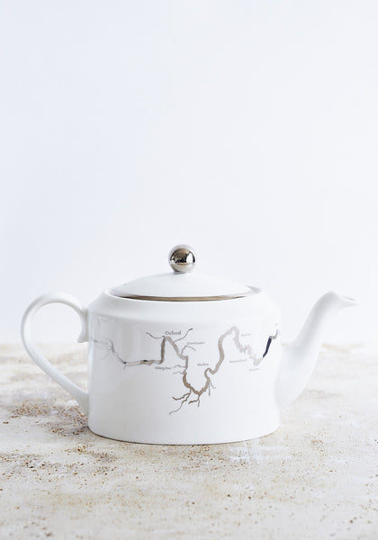 Thames Teapot in Platinum - Snowden Flood