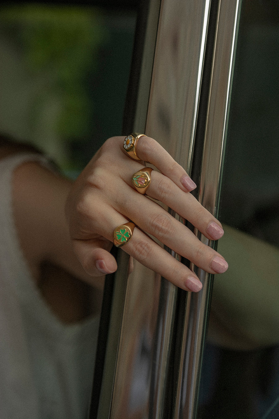 Gold clover ring - Wilhelmina Garcia