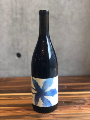 SIX CLOVES /Pinot Noir Sonoma Coast 2018