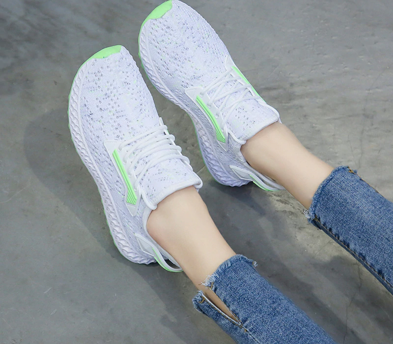 Color-knit Shoes