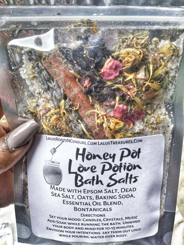 Honey Pot Love Potion Bath Salt| Draw Love