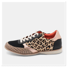 Load image into Gallery viewer, Rollie - Trainer Rose Leopard