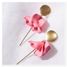 Load image into Gallery viewer, SABLE & DIXIE - ESTA Hanging Flower Earrings Lipstick