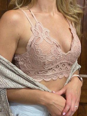 Scalloped Lace Padded Strappy Bralette in Rose