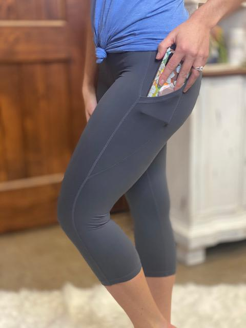 Cora Capri Yoga Leggings