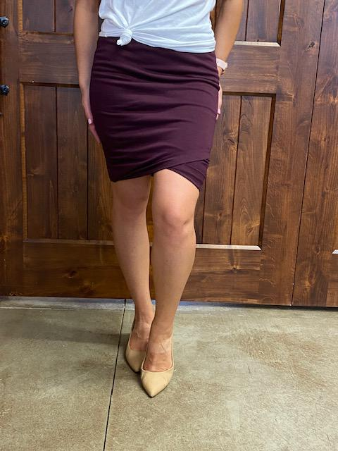 Kloee Ruched Pencil Skirt - Wine