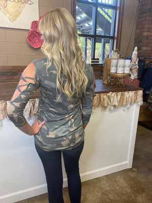 Ace Camo Criss Cross 3/4 Sleeve Top