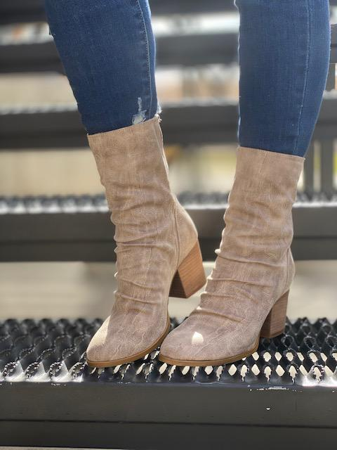 Preston Midi Booties - Cream