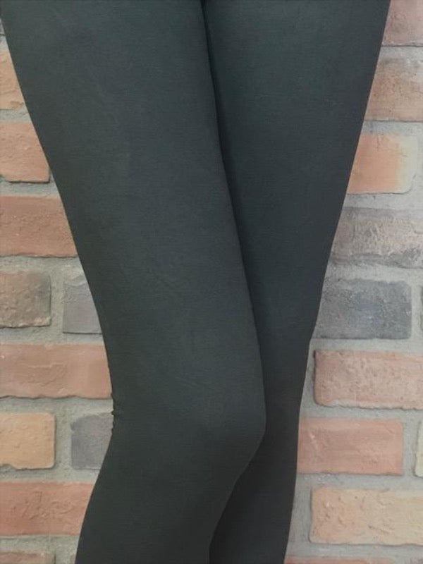 Black Signature Soft Leggings