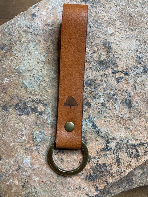 Pine Top Leather Keychain in English Tan