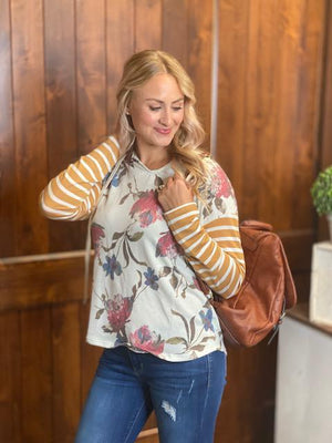 Jill Long Sleeve Floral Print V-Neck Hoodie in Mustard
