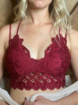 Scalloped Lace Padded Strappy Bralette - Fiery Red