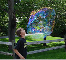 Extreme Bubbles Inc. makes bubble toys, big bubble wands, giant bubble kits and bubble solution that work better than homemade giant bubble recipes and do it yourself bubble wands