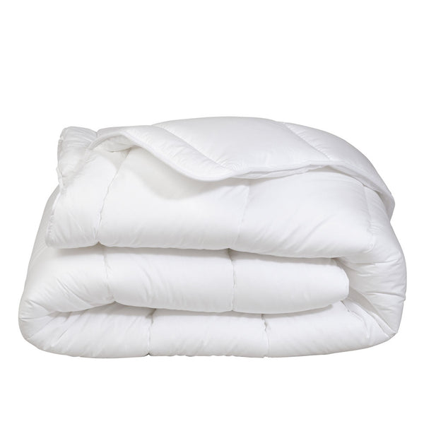 Heavyweight Poly-fill Comforter
