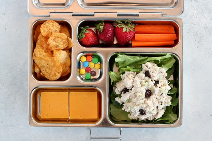bento lunch box fromage et salade