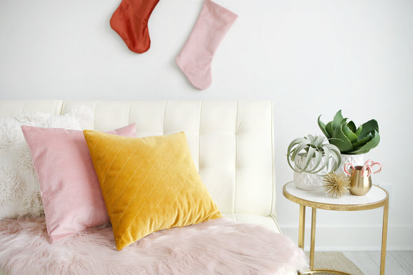 Ultimate guide to buy Luxury Velvet bed pillows