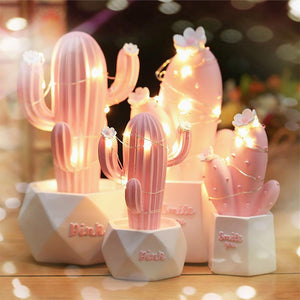 Kawaii Cute Romantic Cactus Resin Night Light Lamp