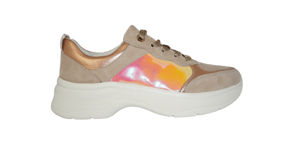 Camel coloured sneaker with iridescent red yellow section