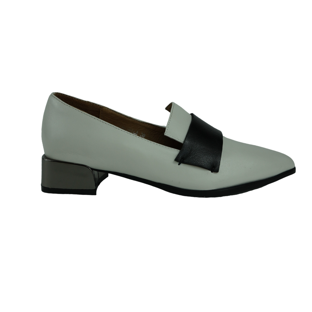 Audrey Avenue Donatella Black White Tan Loafers
