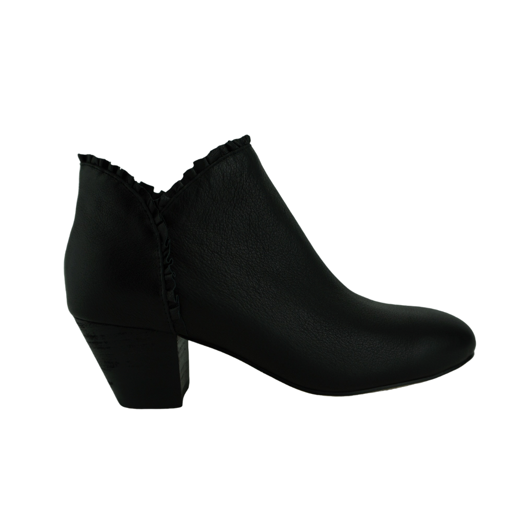 Django & Juliette Henni Black Leather Ankle Boots