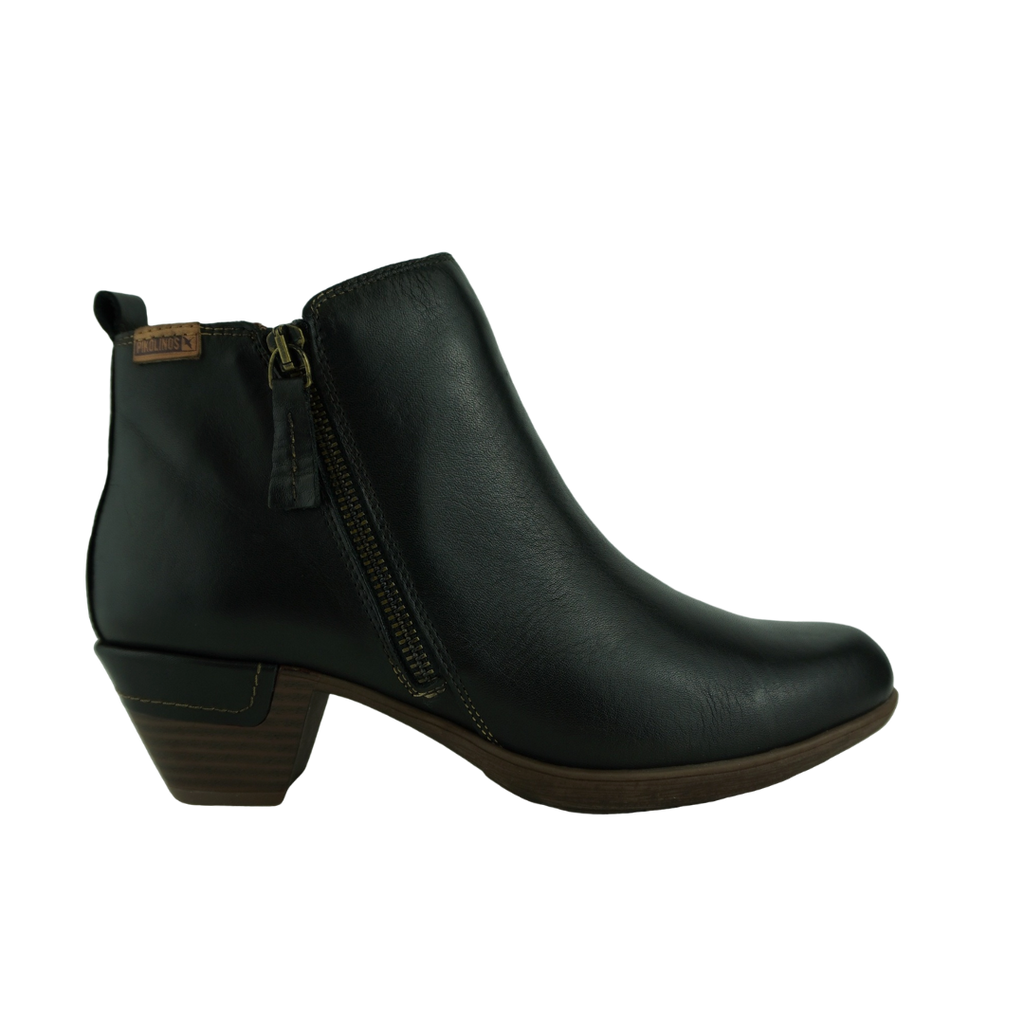 Pikolinos 8900 Black Leather Ankle Boots